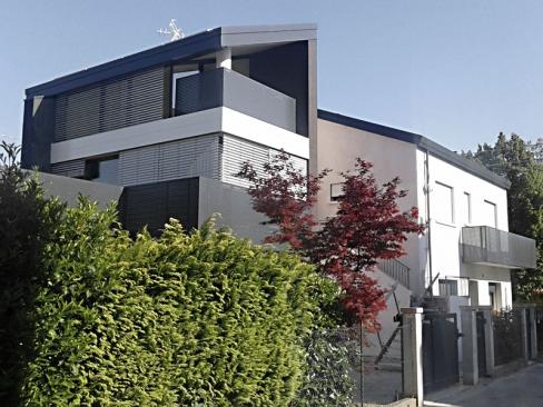 CASA NM - Ristrutturazione residenziale ed ampliamento con Piano Casa